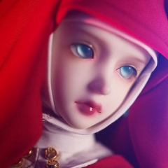 Little Red Riding Hood (Basic Doll)
